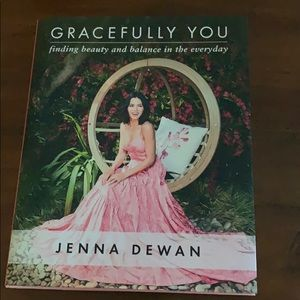 Other - Gracefully You by Jenna Dewan